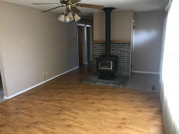 3 bed 1 bath Single Family at 5455 Sandbeach Rd Grass Lake, MI, 49240 is for sale at 140k - 1 of 13