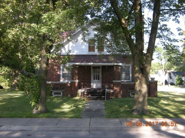 3 bed 1.5 bath Single Family at 501 S Jefferson St Centralia, MO, 65240 is for sale at 75k - 1 of 4