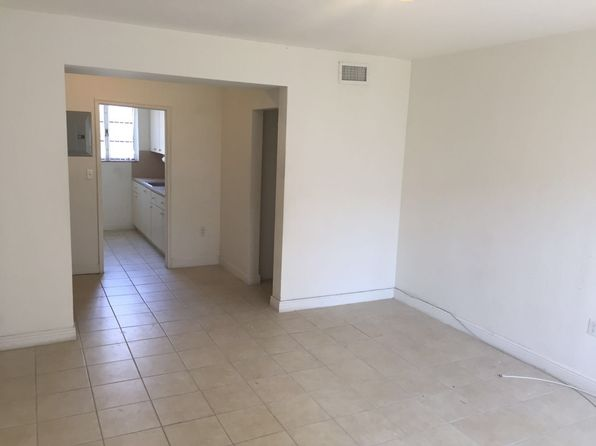 2 bed 1 bath Condo at 970 SW 2nd St Miami, FL, 33130 is for sale at 85k - 1 of 15