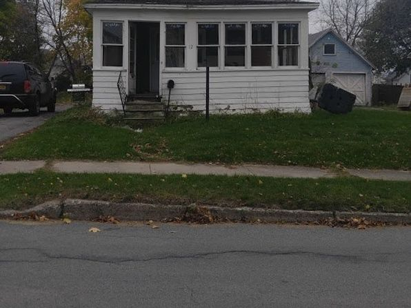 3 bed 1 bath Single Family at 12 Stearns St Massena, NY, 13662 is for sale at 20k - google static map