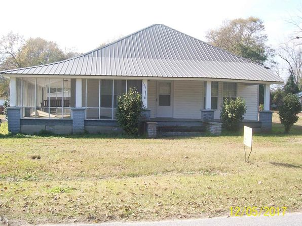 3 bed 1 bath Single Family at 105 Elm St Gordon, GA, 31031 is for sale at 40k - 1 of 9