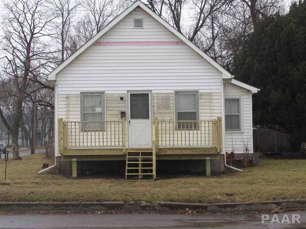 2 bed 1 bath Single Family at 1401 NE Jefferson Ave Peoria, IL, 61603 is for sale at 30k - 1 of 3