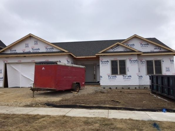 3 bed 2 bath Single Family at 1017 Hoel Ave Stoughton, WI, 53589 is for sale at 380k - google static map