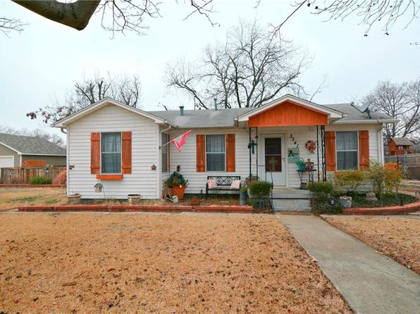 3 bed 1 bath Single Family at 3341 Rita Ln Haltom City, TX, 76117 is for sale at 138k - 1 of 21