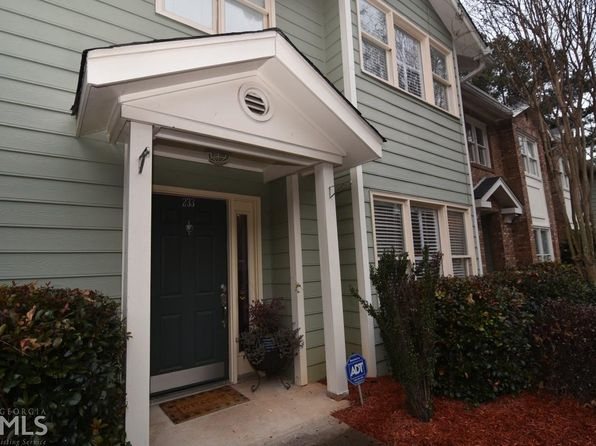 3 bed 3 bath Condo at 233 Peachtree Hollow Ct Atlanta, GA, 30328 is for sale at 265k - 1 of 27