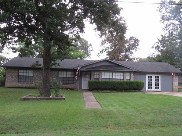 3 bed 2 bath Single Family at 418 Pine Cir Hallsville, TX, 75650 is for sale at 179k - 1 of 17