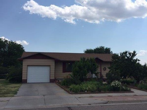 4 bed 2 bath Single Family at 1604 W Olive St Garden City, KS, 67846 is for sale at 149k - 1 of 20