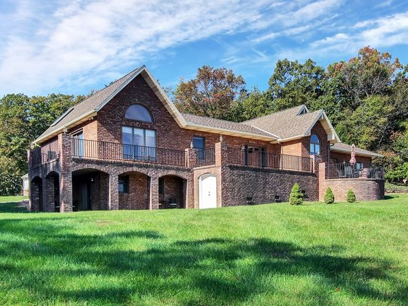 4 bed 3 bath Single Family at 2074 Cemetery Rd Seven Valleys, PA, 17360 is for sale at 490k - 1 of 36