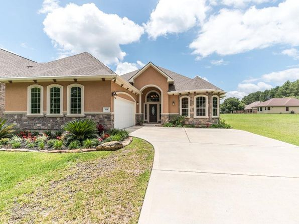 3 bed 3 bath Single Family at 118 WYNDEMERE DR MONTGOMERY, TX, 77356 is for sale at 262k - 1 of 31