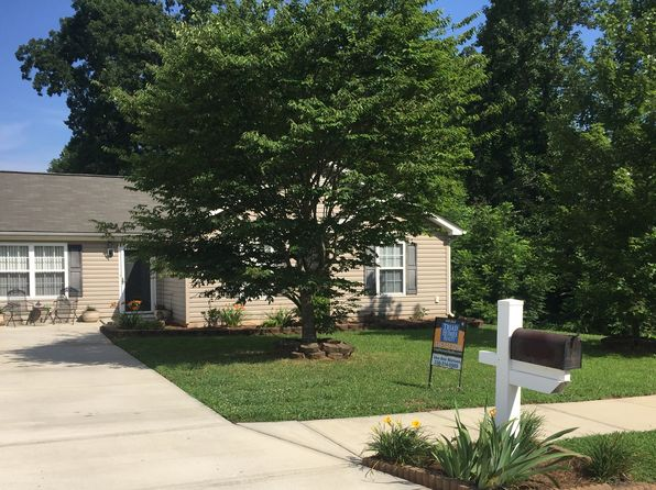 3 bed 2 bath Single Family at 3603 Throughbrook Ct Greensboro, NC, 27405 is for sale at 125k - 1 of 17