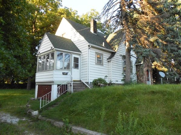 2 bed 1 bath Single Family at 2342 E Locust St Davenport, IA, 52803 is for sale at 59k - google static map