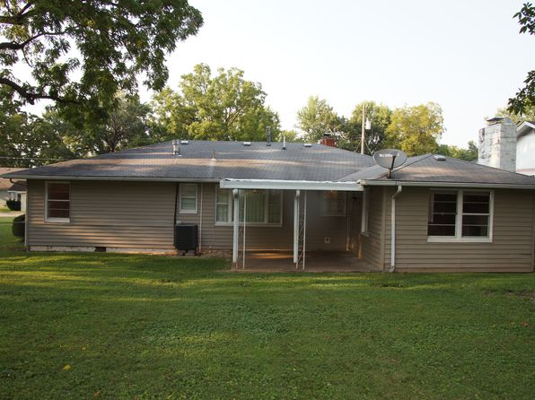 2 bed 2 bath Single Family at 634 W Kerr St Springfield, MO, 65803 is for sale at 95k - 1 of 19