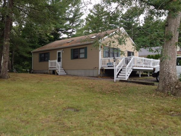3 bed 1 bath Single Family at 25 Pilgrim Ave Wareham, MA, 02571 is for sale at 270k - 1 of 13