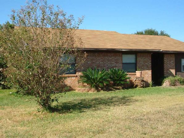 3 bed 2 bath Single Family at 1603 Robert E Lee Dr Marlin, TX, 76661 is for sale at 48k - 1 of 8