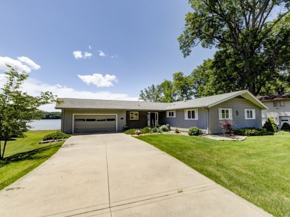 4 bed 3 bath Single Family at 207 Silver Dr Decatur, IL, 62521 is for sale at 320k - 1 of 42