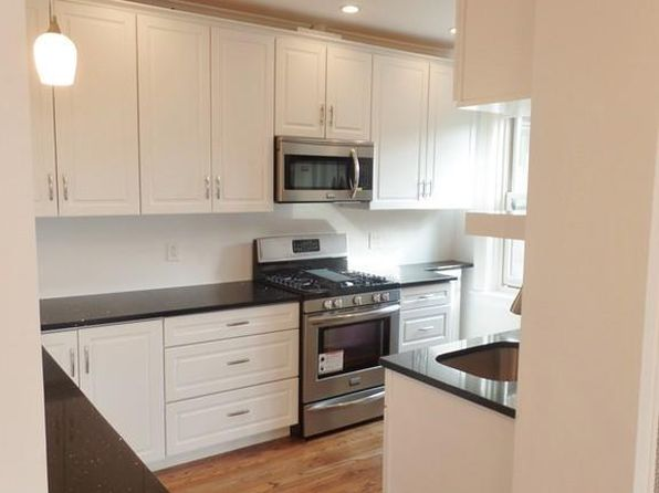2 bed 1 bath Condo at 1662 Commonwealth Ave Boston, MA, 02135 is for sale at 489k - 1 of 16
