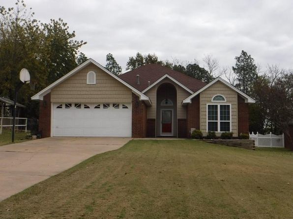 3 bed 2 bath Single Family at 612 N 7TH ST VAN BUREN, AR, 72956 is for sale at 145k - 1 of 23