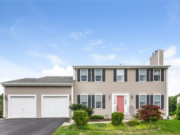 3 bed 3 bath Single Family at 2 Paige Cir Cranston, RI, 02921 is for sale at 425k - 1 of 28