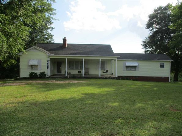 3 bed 3 bath Single Family at 772 Webber Lake Rd Union, SC, 29379 is for sale at 160k - 1 of 22