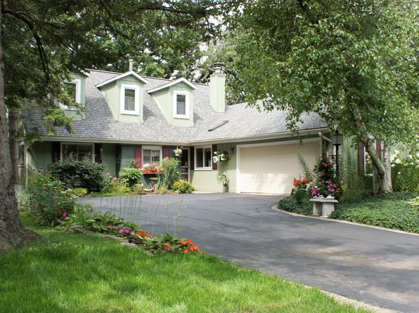 4 bed 3 bath Single Family at 1304 Dunleer Dr Mundelein, IL, 60060 is for sale at 325k - 1 of 20