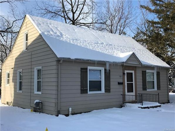 4 bed 1 bath Single Family at 107 Newberry St Pontiac, MI, 48341 is for sale at 60k - 1 of 28