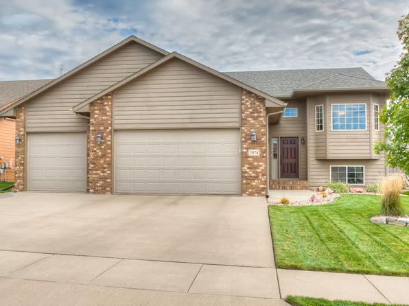 4 bed 3 bath Single Family at 2024 S Haraldson Ave Sioux Falls, SD, 57106 is for sale at 269k - 1 of 24