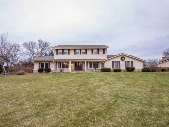 6 bed 3.5 bath Single Family at 20920 Hunters Run Brookfield, WI, 53045 is for sale at 360k - 1 of 25