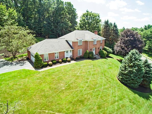4 bed 5 bath Single Family at 1601 Oakleaf Ln Pittsburgh, PA, 15237 is for sale at 470k - 1 of 38