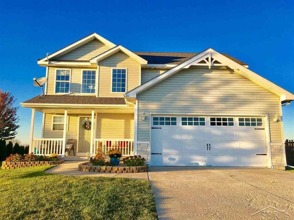 3 bed 3 bath Single Family at 10376 SARLE RD FREELAND, MI, 48623 is for sale at 185k - 1 of 26