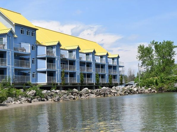 2 bed 2 bath Condo at 400 Swartz Ln 113 Middle Bass, OH, 43446 is for sale at 200k - 1 of 22