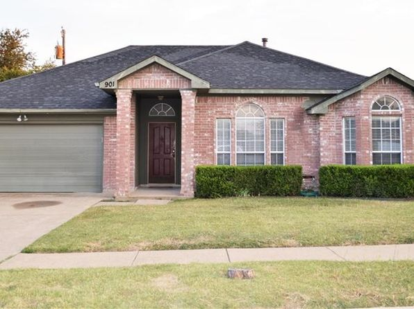 3 bed 2 bath Single Family at 901 Miles Ln Cedar Hill, TX, 75104 is for sale at 165k - 1 of 19