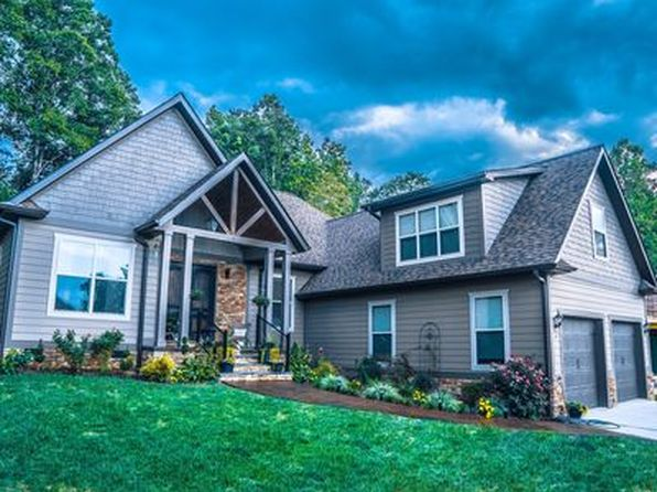 4 bed 3 bath Single Family at 88 Ledgestone Dr Fairview, NC, 28730 is for sale at 550k - 1 of 42