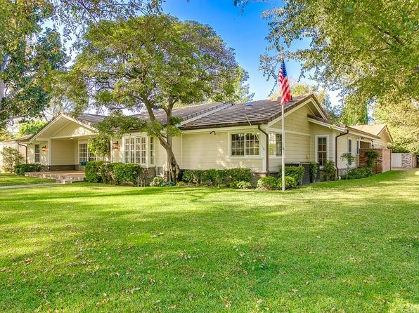 4 bed 4 bath Single Family at 4855 Carpenter Ave North Hollywood, CA, 91607 is for sale at 2.30m - 1 of 31