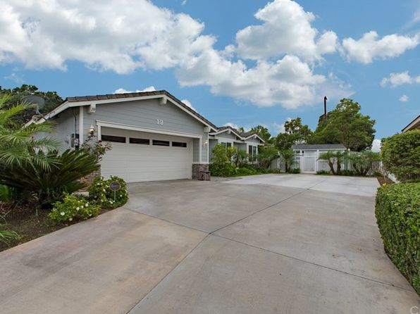 4 bed 3 bath Single Family at 19 Carriage Ln Santa Ana, CA, 92705 is for sale at 899k - 1 of 59