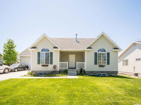 3 bed 2 bath Single Family at 2110 N Autumn St E Eagle Mountain, UT, 84005 is for sale at 230k - 1 of 24