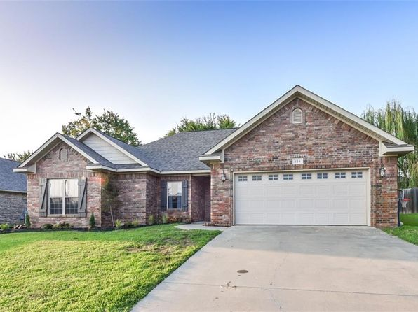 3 bed 2 bath Single Family at 114 Oakridge Dr Roland, OK, 74954 is for sale at 146k - 1 of 18
