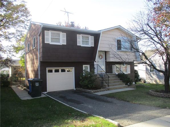 3 bed 2 bath Single Family at 83 Loretta St Perth Amboy, NJ, 08861 is for sale at 280k - 1 of 22