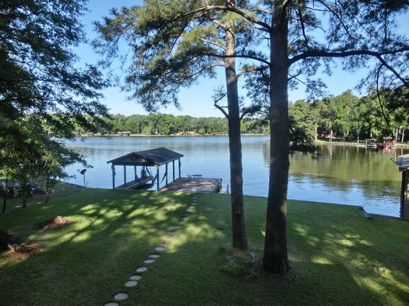 3 bed 3 bath Single Family at 218 Lake Dr Mount Vernon, TX, 75457 is for sale at 329k - 1 of 26