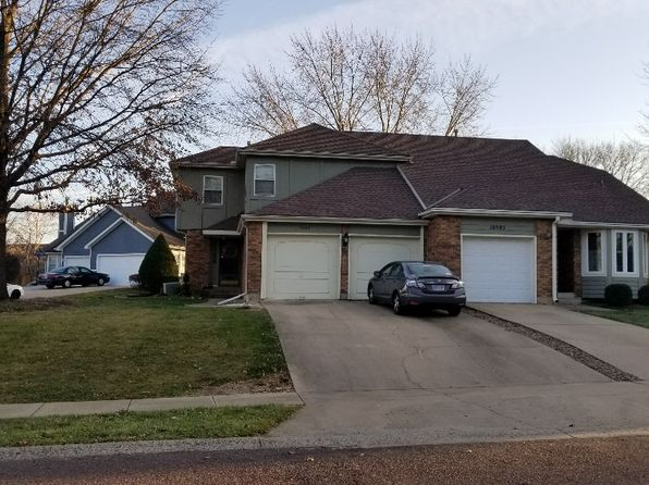 2 bed 3 bath Single Family at 10583 Long St Overland Park, KS, 66215 is for sale at 175k - 1 of 14