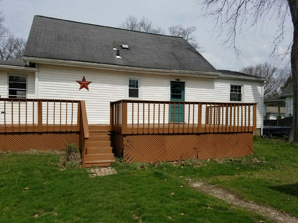 3 bed 1 bath Single Family at  WATER ST NEWTON FALLS, OH, 44444 is for sale at 68k - 1 of 16