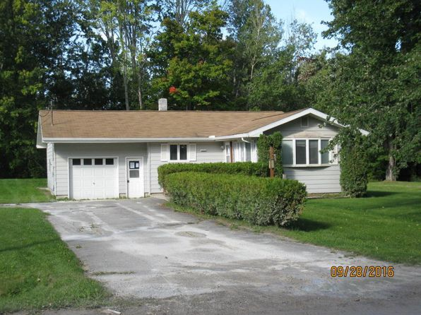 3 bed 1 bath Single Family at 148 Sitting Bull Rd Alpena, MI, 49707 is for sale at 58k - 1 of 12