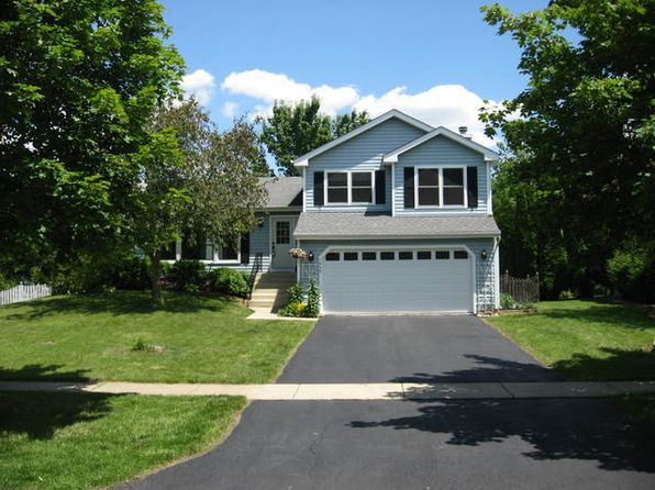 3 bed 2 bath Single Family at 1400 Becker Ave Batavia, IL, 60510 is for sale at 250k - 1 of 22
