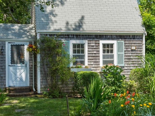 1 bed 1.5 bath Condo at 85 Sweetbriar Ln Chatham, MA, 02633 is for sale at 225k - 1 of 21