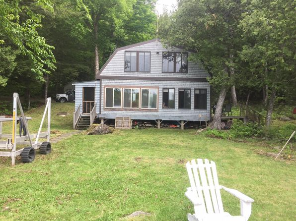 3 bed 1 bath Single Family at 16 BOAT HOUSE COVE RD DOVER FOXCROFT, ME, 04426 is for sale at 138k - 1 of 4