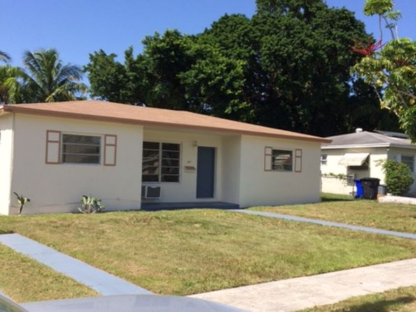 4 bed 2 bath Single Family at 641 NE 168th St North Miami Beach, FL, 33162 is for sale at 319k - 1 of 17