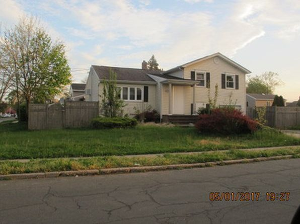 3 bed 7 bath Single Family at 296 Walker St Massapequa Park, NY, 11762 is for sale at 280k - google static map