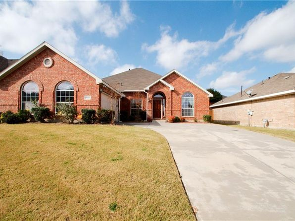 4 bed 2 bath Single Family at 4608 Clear Lake Ln Mesquite, TX, 75150 is for sale at 233k - 1 of 36