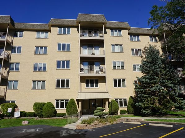 2 bed 2 bath Condo at 1436 E Thacker St Des Plaines, IL, 60016 is for sale at 167k - 1 of 11