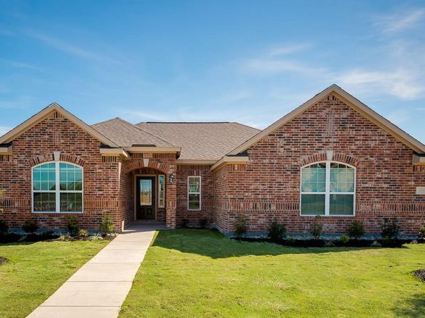 3 bed 2 bath Single Family at 607 Shady Meadow Ln Glenn Heights, TX, 75154 is for sale at 254k - 1 of 9