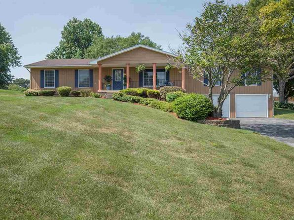 4 bed 3 bath Single Family at 3350 Spencer Dr Bettendorf, IA, 52722 is for sale at 305k - 1 of 24